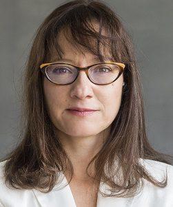 Natacha AKRIBAS, Vice-trésorière